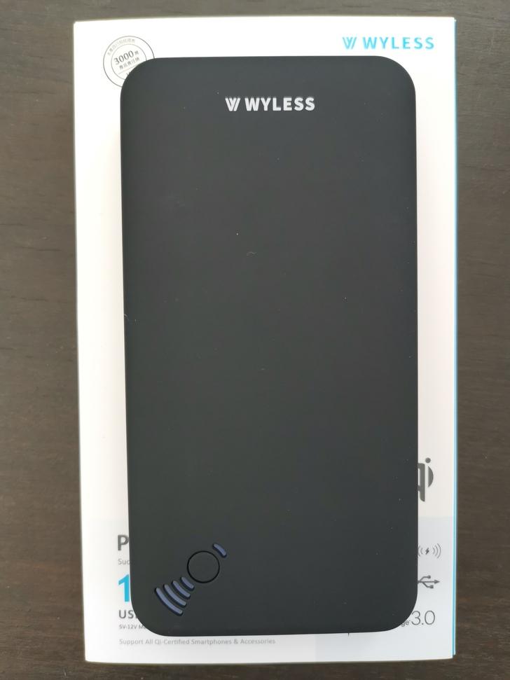 【Wyless】Power Juice H8吸盤式無線充電行動電源:吸力強、電力足、充很快 - 5